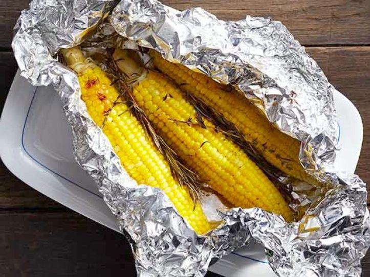 FNM_090113-Foil-Packet-Corn-Recipe_s4x3.jpg.rend.sniipadlarge